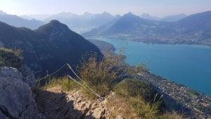 Sentier autour du lac d'Annecy